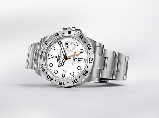 new_2021_watches_explorer_2_portrait